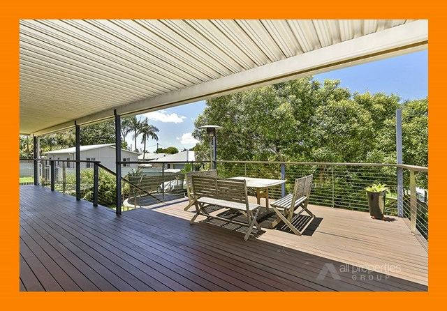 15 Emerald Drive, Regents Park QLD 4118