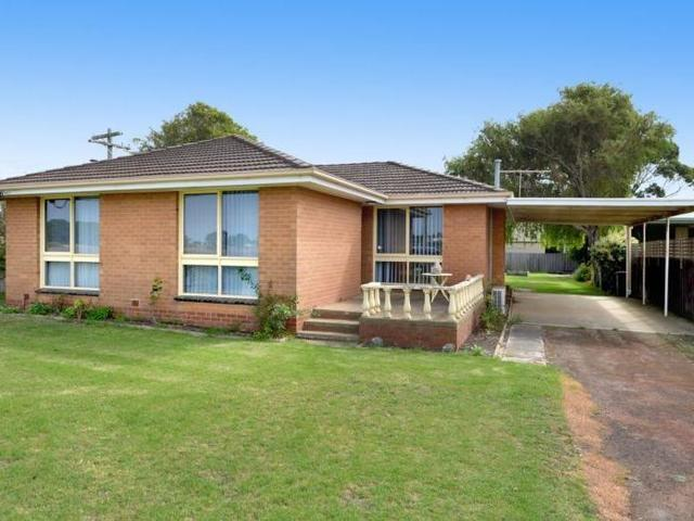 27 Coach Road, Indented Head VIC 3223