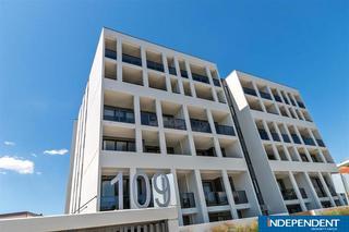 32/109 Canberra Avenue