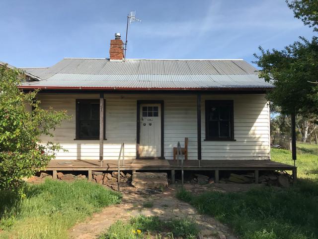 32 Wolfe Street, NSW 2631