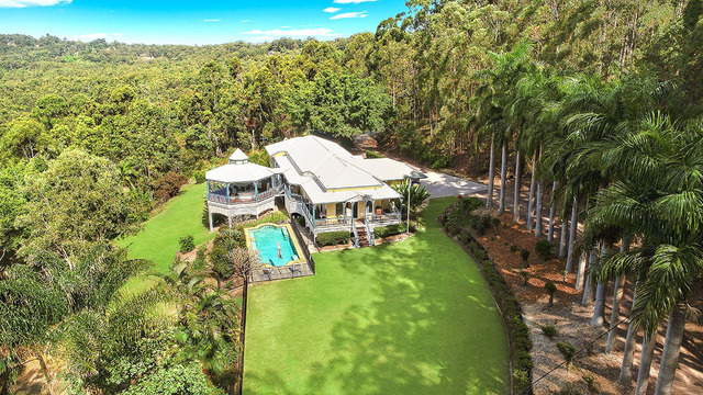 2 Lisa Road, Chevallum QLD 4555