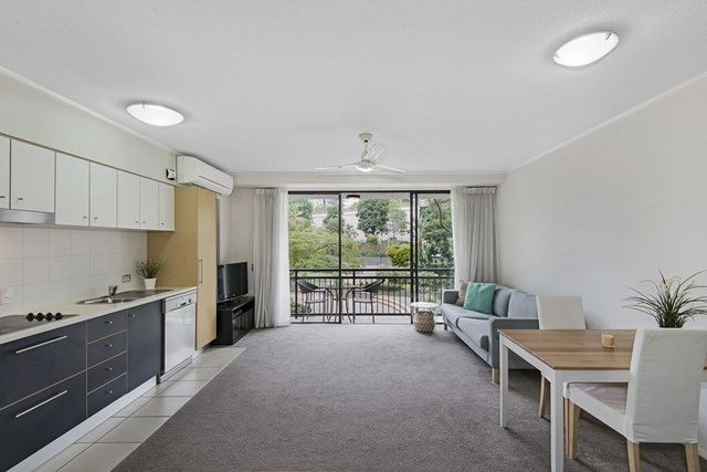 82/15 Goodwin Street, Kangaroo Point QLD 4169