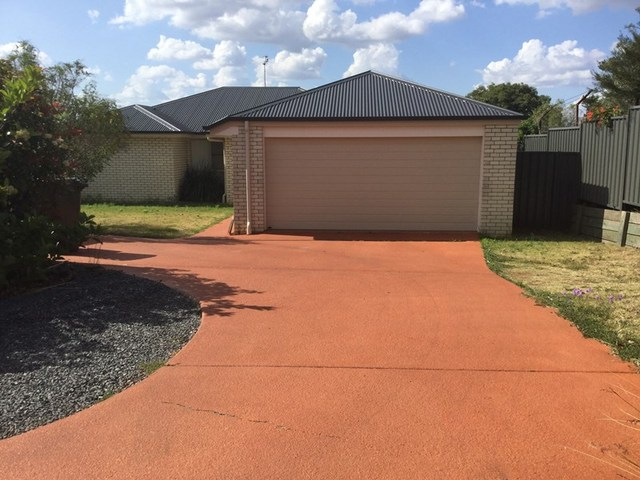 8b Lookout Place, Warwick QLD 4370