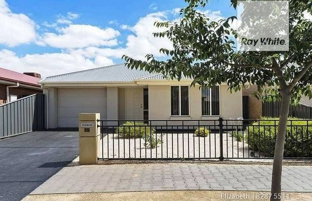 15 St Germain Avenue, Andrews Farm SA 5114