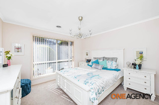 1/11 Monaghan Place