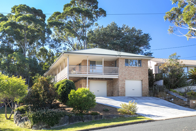 17 Pengana Crescent, Mollymook NSW 2539