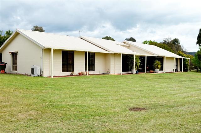 104 Blowering Road, Tumut NSW 2720