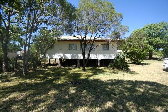 46 Williams Street, Springsure QLD 4722