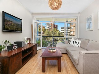 2/174 Old South Head Road