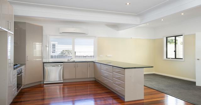 10 Glossop Street, Towradgi NSW 2518