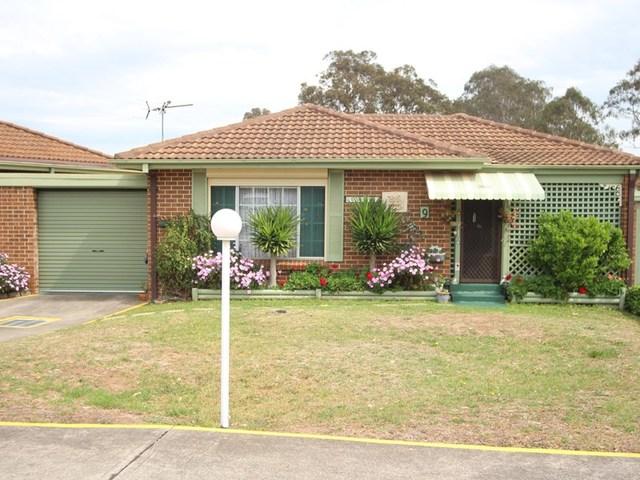 9/12 Bensley Road, Macquarie Fields NSW 2564
