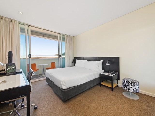 82/33 Mounts Bay Road, Perth WA 6000