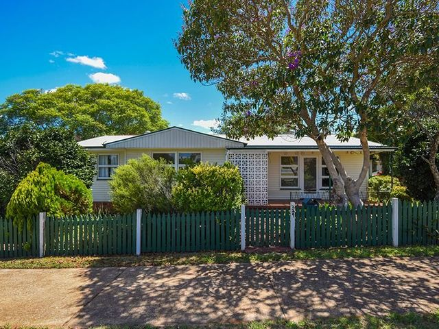 229 South Street, QLD 4350