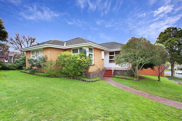 17 Cavalier Street, Doncaster East VIC 3109