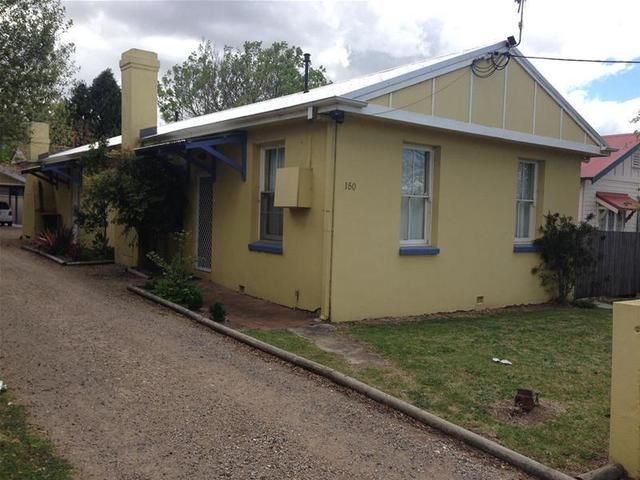 2/150 Marsh Street, Armidale NSW 2350