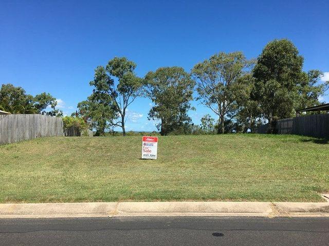 34 Foreshore Drive, Urangan QLD 4655