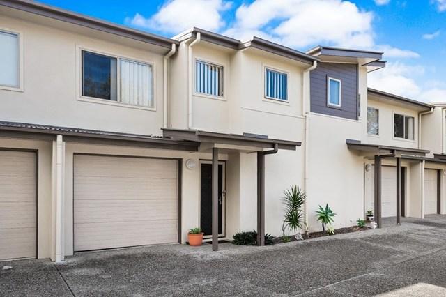 2/13 Osterley Avenue, Caloundra QLD 4551