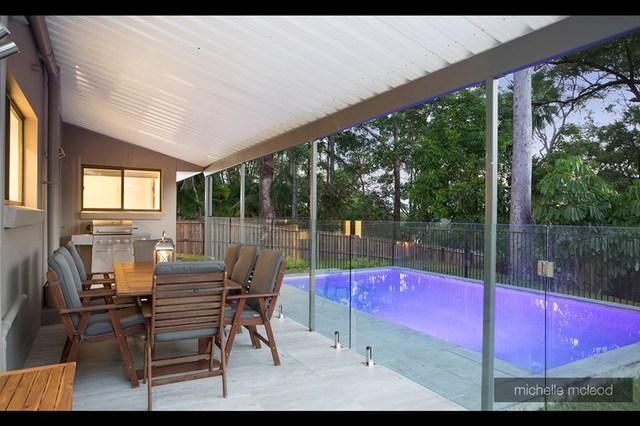 15 Ludlow Street, Chapel Hill QLD 4069