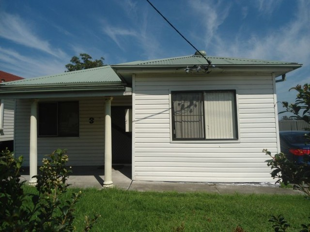 296 Sandgate Road, Shortland NSW 2307