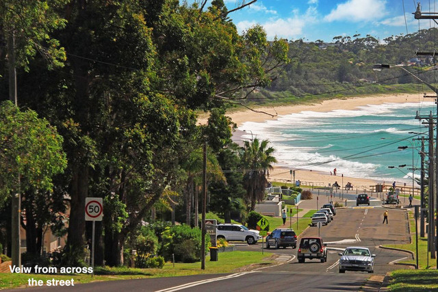 39 Golf Avenue, Mollymook NSW 2539