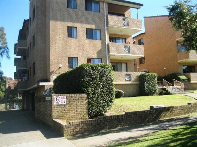 8/28-32 Weigand Avenue, Bankstown NSW 2200