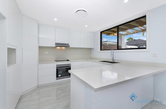 8A Lurnea Avenue, Georges Hall NSW 2198