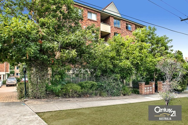 25/11 Oxford Street, Blacktown NSW 2148