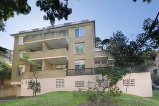 4/180 Old South Head Road