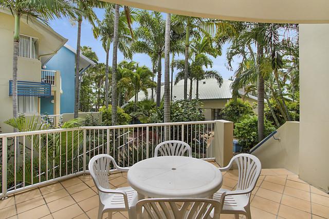 109 'Diamond Beach Resort' 10-16 Alexandra Avenue, Mermaid Beach QLD 4218