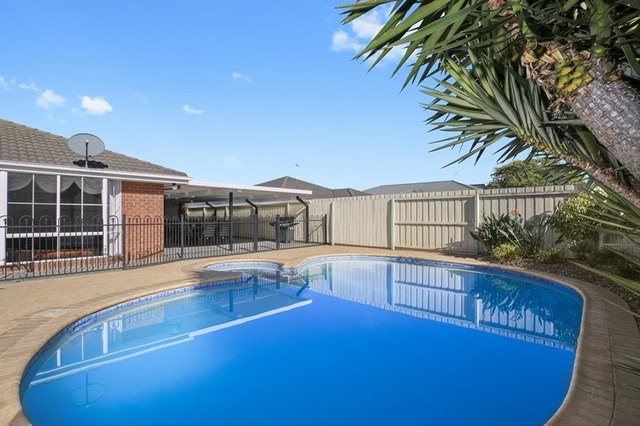 29 Laguna Place, Grovedale VIC 3216