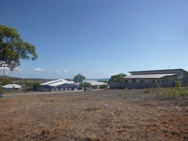 6 Sunshine Court, QLD 4805