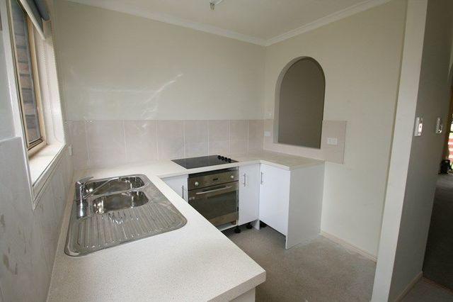 3 Costata Street, Hillcrest QLD 4118