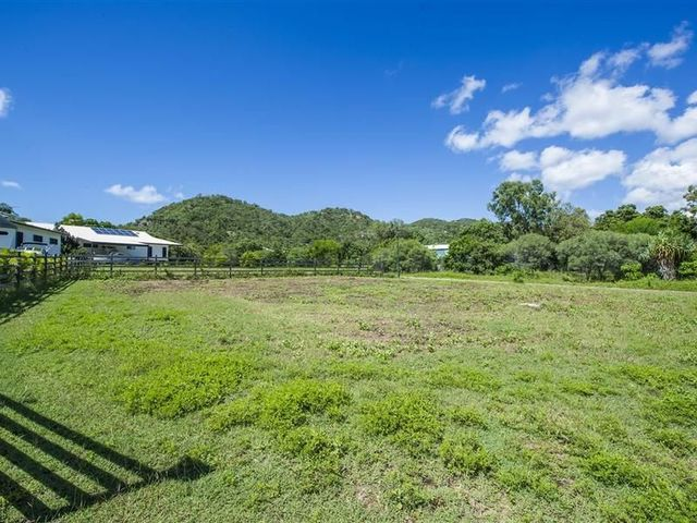 8 Jaydn Court, Horseshoe Bay QLD 4819