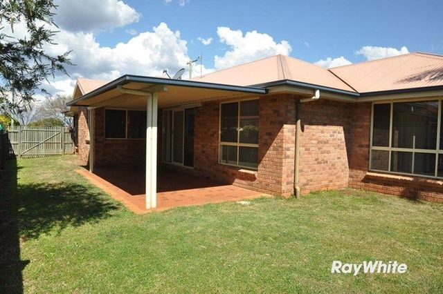 421 West Street, Darling Heights QLD 4350