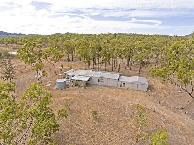 39 Garn Hatch Lane, Etna Creek QLD 4702