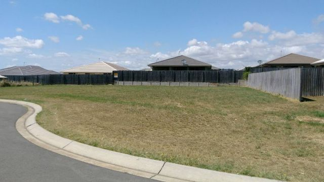 73 Parklands Boulevard, Wondunna QLD 4655