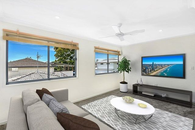 1/18 Muscovey Avenue, Paradise Point QLD 4216