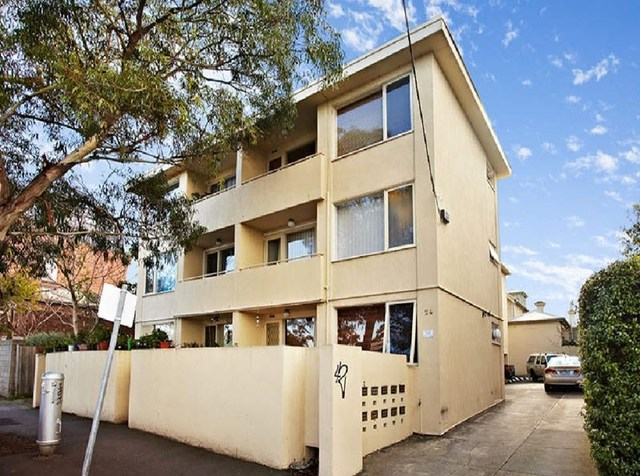 8/24 Alma  Road, St Kilda East VIC 3183