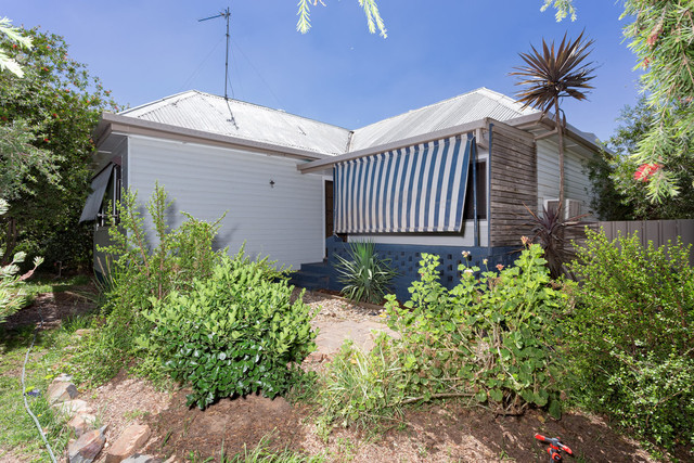 347 Lake Albert Road, Kooringal NSW 2650