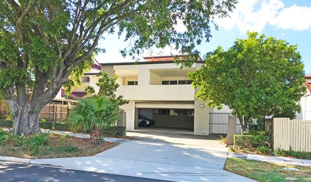618 Kingsford Smith Drive, QLD 4007