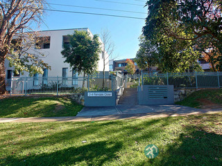 9/2-4 Ferndale Close Constitution Hill NSW 2145