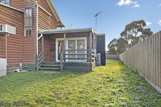 13A Digby Drive, Romsey VIC 3434