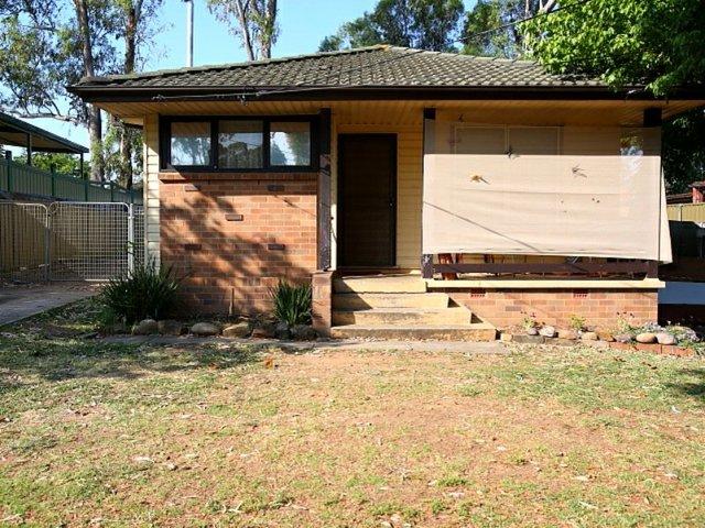 10 Tairora Street, Whalan NSW 2770