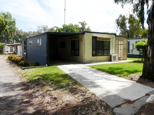 4 Sixth Avenue, Tocumwal NSW 2714