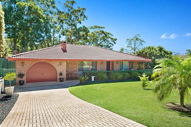 5 Buckland Street, Mollymook NSW 2539