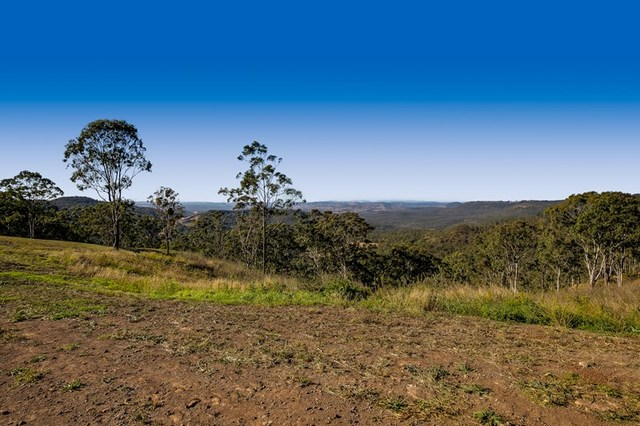 17 Keira Court, Blue Mountain Heights QLD 4350