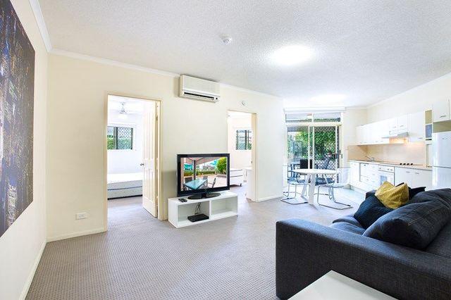 85 Deakin Street, Kangaroo Point QLD 4169
