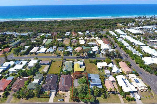10 Third Avenue, Coolum Beach QLD 4573