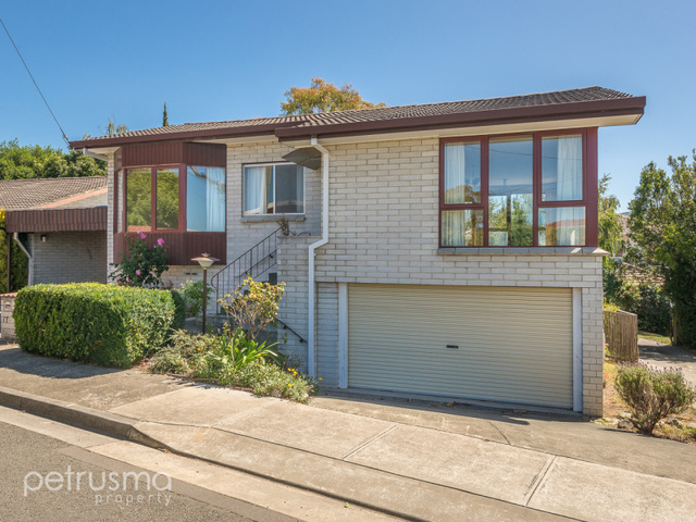 1/15-17 Manresa Court, Sandy Bay TAS 7005