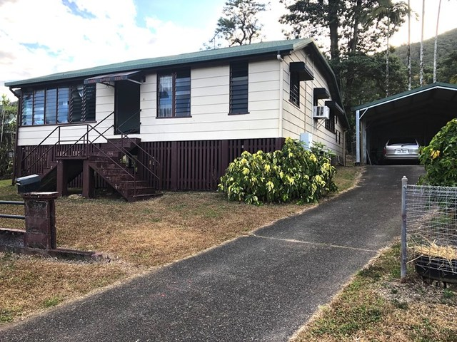20 McQuillen St, Tully QLD 4854